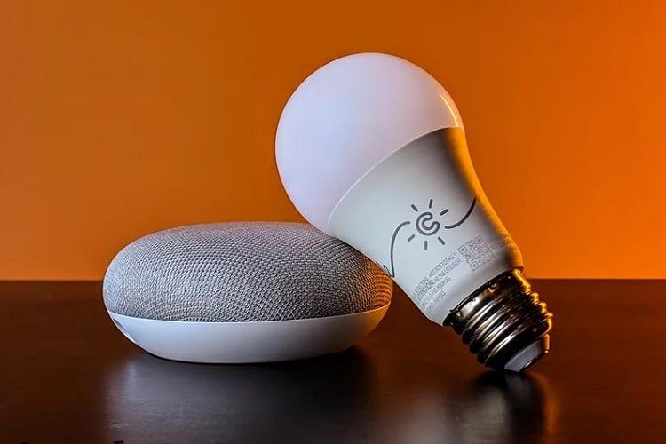 google home and smart bulb