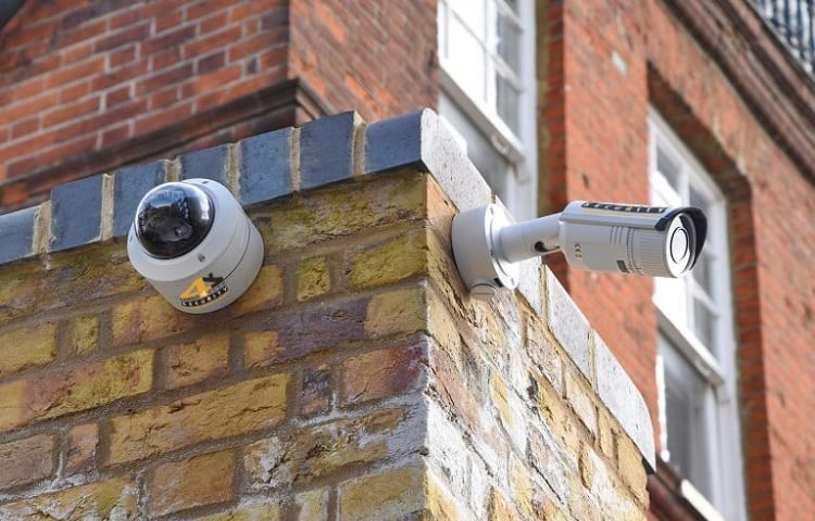 wired or wireless camera wich is better